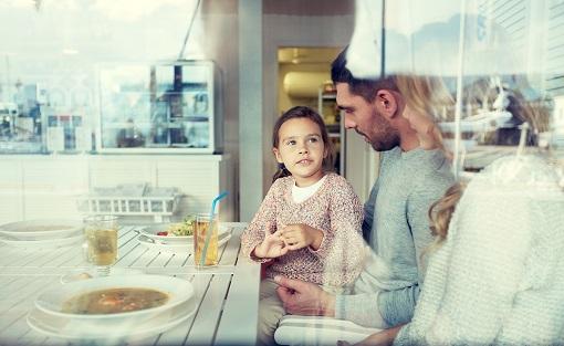 Cómo hablar con un niño al que no se le entiende